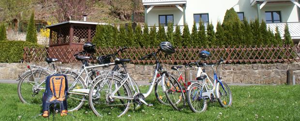 Fahrradverleih inklusive, Tret-Bikes und Elektro-Fahrräder